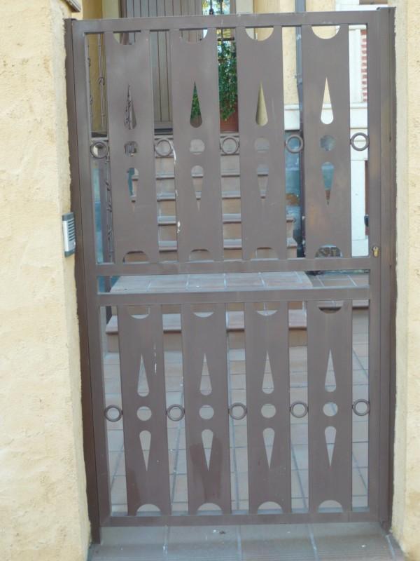 Construcciones met licas gonz lez estructuras met licas - Puertas acristaladas exterior ...